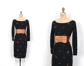 Vintage 1950s Dress / 50s Wool Wiggle Dress with Embroidered Flowers / Black and Bronze (small S)