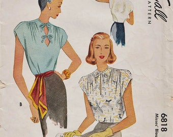 Vintage 1940s Sewing Pattern / McCall 6818 / Blouse Shirt Top / Size 14 Bust 32