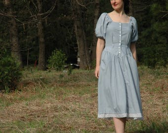 1980s Vintage Cotton Dress... Romantic Snow White Silhouette... Pale Blue