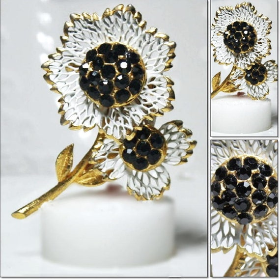 Vintage Black Rhinestone Enameled Flower Brooch Pin