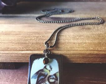 Bird resin necklace