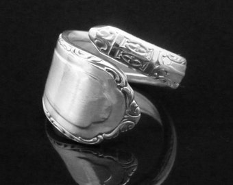 Decorative Silver Spoon Ring, Carlton