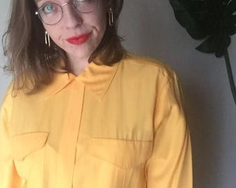 L oversized 90s button up shirt top with collar long sleeve bright yellow shirt with pockets large // XL