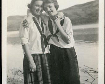 GIRLFRIENDS In Stylish Matching Blouses with Their Arms Around Each Other at the Beach Photo Postcard circa 1920