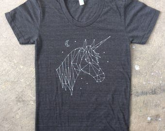 Lucky Unicorn Constellation Crescent Moon T-Shirt Heather Black