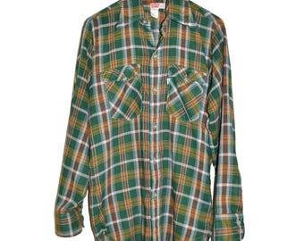 ON SALE Vintage Late 1970's LEVIS Plaid Lightweight Thin Green Shirt Button Up M Medium Levi's