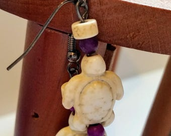 Magnesite Turtle Earrings - White and Purple