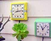 Telechron Yellow Kitchen Wall Hanging Electric Clock with Silver Accents in Exc. Cond.: Square Midcentury & Art Deco 'Red Dot' Model 2H43