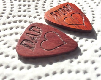 Set of two engraved wood guitar picks, MOM & DAD Picks