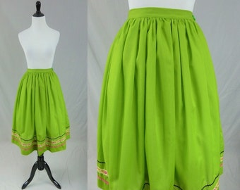 "50s Full Skirt - Bright Green - Pink Black Ric Rac Ribbon Trim - Vintage 1950s - S 24"" waist"