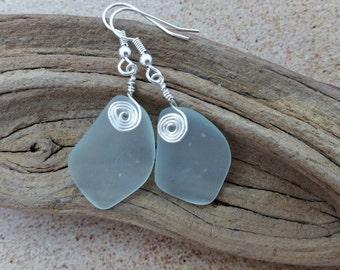 Pastel Aqua Green Sea Glass Earrings, Sea Foam Seaglass Earrings, Sea Glass Jewelry Beach Glass Earrings, Beach Jewelry Seaglass Jewelry 079