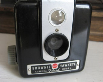 Mid Century Hawkeye Brownie Kodak Camera