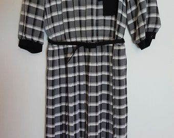 Vintage 1980s black and white checks secretary dress