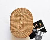 vintage woven straw oval basket with lid / gift box / trinket favor box