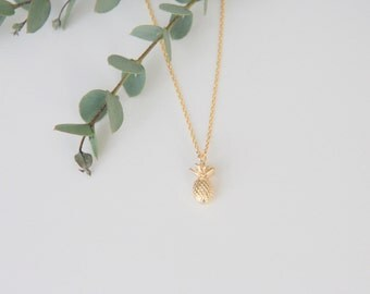 Pineapple Necklace, Gift for Her, Jewelry, Bridesmaid Jewelry, Bridesmaid Gift, Necklace Gift for Mom, Jewelry Gifts Wife Gift