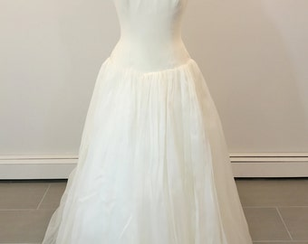 A Truly Gorgeous Givenchy Wedding Dress