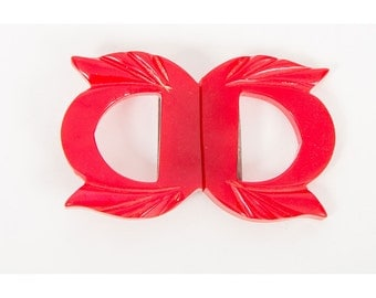 Vintage carved Bakelite belt buckle / 1930s cherry red art deco 2 piece belt clasp