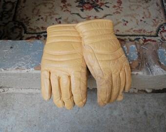 Vintage Womens Medium Distressed Tan Leather Gloves Top Grain Cowhide Biker Moto Glove Warm Winter Gloves Thick Heavy Duty Durable Snow Rain