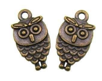 Bronze Charms : 10 Antique Bronze Owl Charms | Double-Sided Owl Pendants -- Lead, Nickel & Cadmium Free Jewelry Findings A9