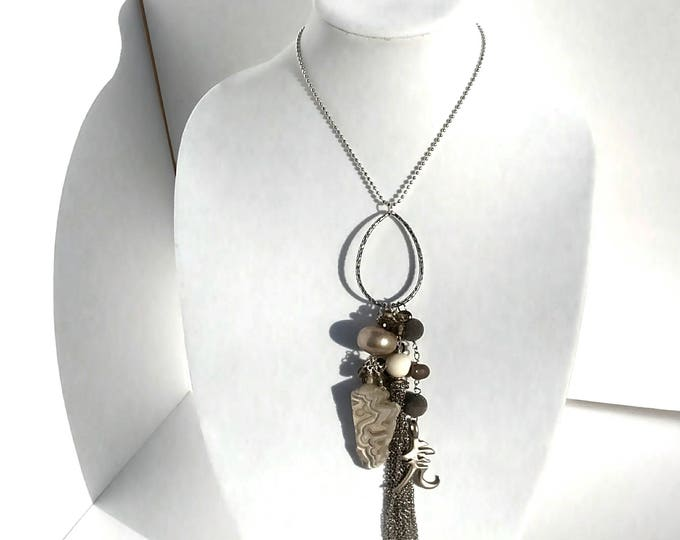 Silver Chain Tassel with Sliced Agate and Pewter Kanji Pendant in Grey and White