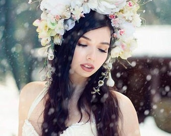 White flowers Floral crown Headdress headpiece Tiara Wreath Wedding Princess Fairy Ice branches Bridal Woodland Pale Pink Pale Yellow
