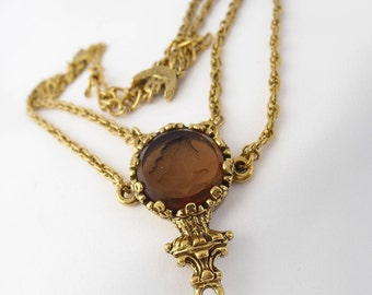 Vintage Intaglio Necklace -- 1960s Amber Glass Jewelry - Accessocraft Style