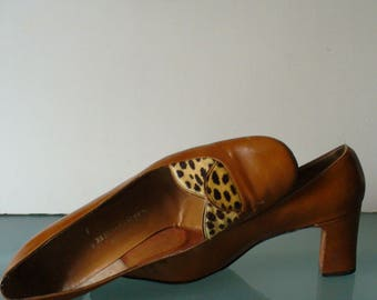 Vintage D'Antonio Caramel Pumps With Leopard Print Detail  7AA