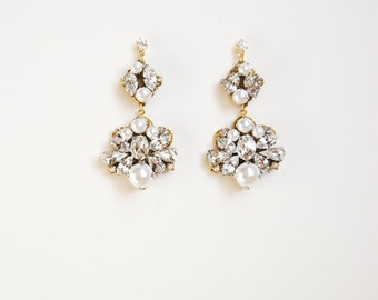 Bridal crystal and pearl pendant earrings in gold, wedding jewelry - style 718
