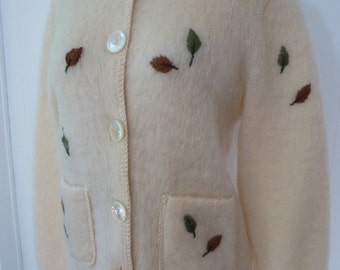 50's Mohair Novelty Cardigan Sweater Fluffy Pale Ice Cream Autumn Leaves Blairmoor Knit M