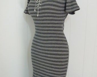 90's Grunge Thermal Dress Henley Shirt Lace Up Tight Stretchy Grey Striped M