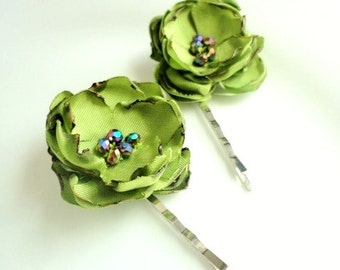 2 Small Green hair Clips, Green Fabric Flower Hair Pins, Chartreuse Hair Accessories, Green Bridal Floral Hairpins, Pearls 1 to 2 inch, 1.5""