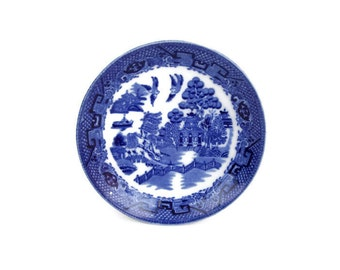 Vintage Globe Pottery Saucer Blue Willow Transfer Ware Cobridge England Blue and White
