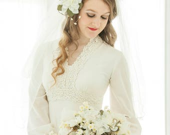 Beige wedding dress with sleeves