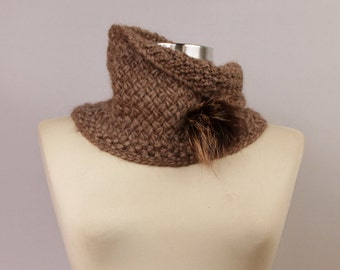 Brown Cowl Scarf Infinity , Knit Scarf, Tube Knit Cowl, Snood Scarf, Alpaca/Merino Wool Cowl, Fur Brooch, Winter Accessories, Gift For Women