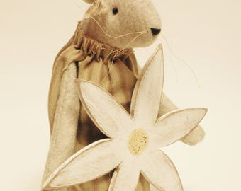 Primitive Mouse with Flower - Made To Order, Spring Decor, Primitive Animals, Handmade Mouse