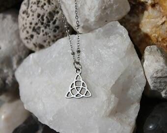 Reiki Attuned Antique Silver Triquetra Pendant Necklace