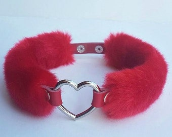 Red BDSM Collar, Statement Choker, Heart Chocker Collar Fur Sexy Collar Choker, Fuzzy Heart Choker, Submissive Collar, Red Fur Choker Collar
