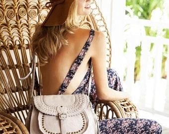 LA BONITA. leather shouder bag / crossbody bag / boho leather bag / leather messenger bag women. Available in different leather colors