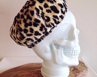 Hello Gorgeous. Vintage Fuzzy Leopard Print Toque Hat Mid Century