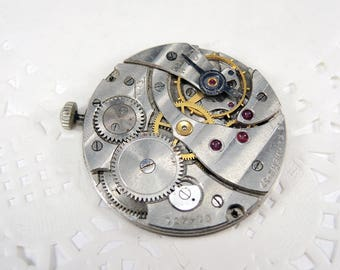 Vintage pocket watch movement with face - c30