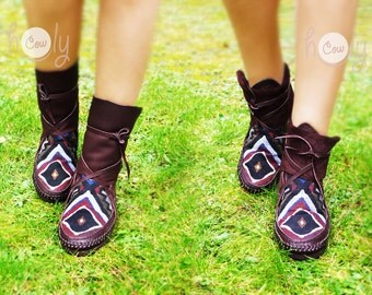 100% Hand Stitched Brown Leather Moccasins With Native American Tribal Fabric, Moccasin Boots, Womens Moccasins, Mens Moccasins,Hippie Boots