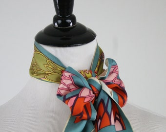 1970s Art Deco Design Acetate Twill Oblong Scarf