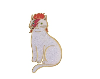 David Bowie Cat Enamel Pin -  cat  enamel pin - Halloween enamel Pin - lapel pin hat pin Gold and Bright Silver Glitter