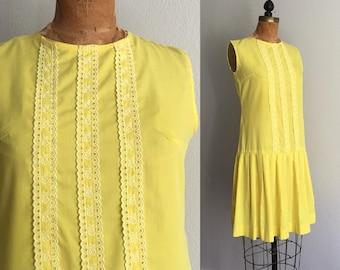 Vintage 1960s Dress / REDUCED 60s Sunshine Yellow Mod Scooter Drop Waist Cotton Lemon Spring Summer Scooter Dress - Medium