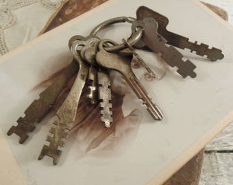 Eight Vintage / Antique Keys / Clock Keys / Padlock Keys / Mini Collection