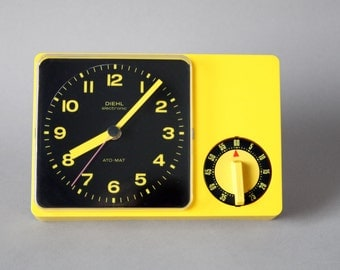 Vintage German Diehl wall clock, 70s clock Junghans Ato-Mat, yellow clock, Made in Germany, 70s kitchen clock, German clock egg timer Panton