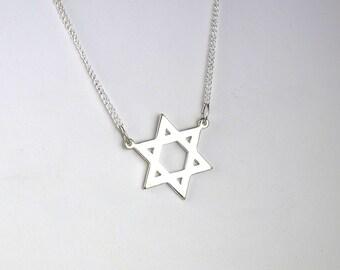 Vintage Star of David Necklace Jewish Star Silver Toned Judaic Jewelry Chanukah Gift Hanukkah Gift Bar Mitzvah Gift Bat Mitzvah Gift