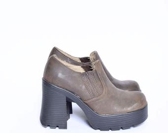 Vintage 90's Brown Real Leather Platform Ankle Bootie Shoes