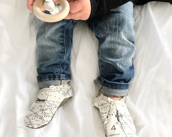 Navigator Baby Shoes // Gray Grey Cream, Flight Map, Tula Accessories, Infant Shoes, Baby Booties, Baby Moccasins, Crib Shoes, Baby Boy Girl
