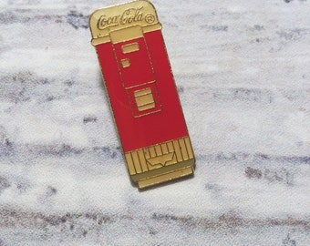 Coca Cola Pin . Vintage Enamel Badge . Coke Pin .